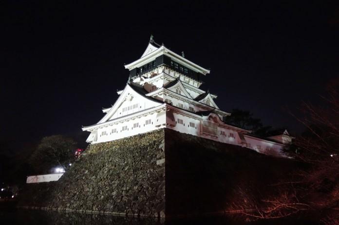 小倉城-夜